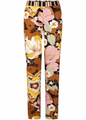121165 21 [Trousers Jersey] logo